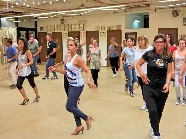 Acela Moras Latin Dance Academy | Corsi Bologna - Foto 4