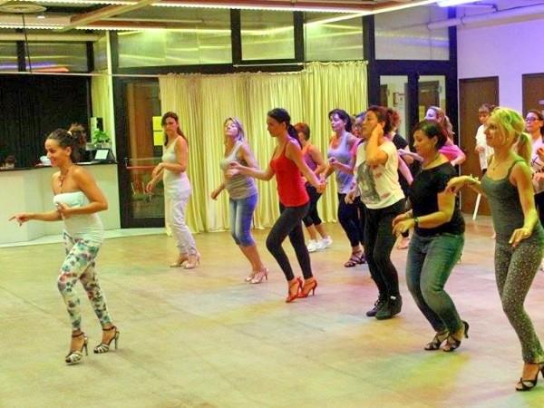 Acela Moras Latin Dance Academy | Corsi Bologna - Foto 6
